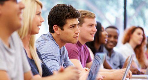 آموزشهای مجازی (غیرحضوری) چه فایدههایی نسبت به آموزشهای حضوری دارد?
